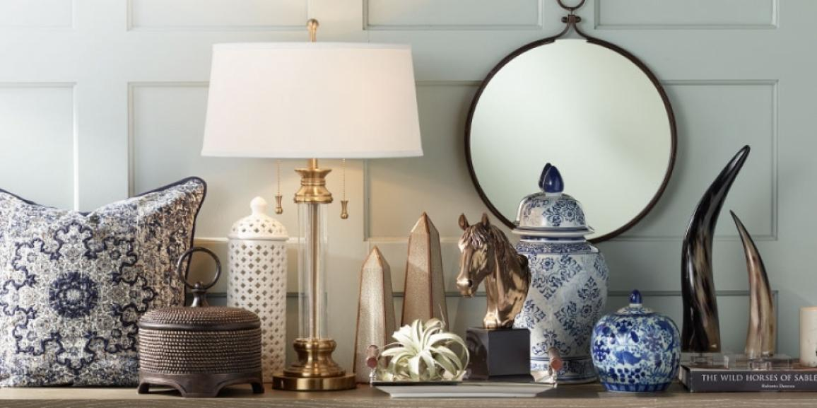 Home staging with art and accessories