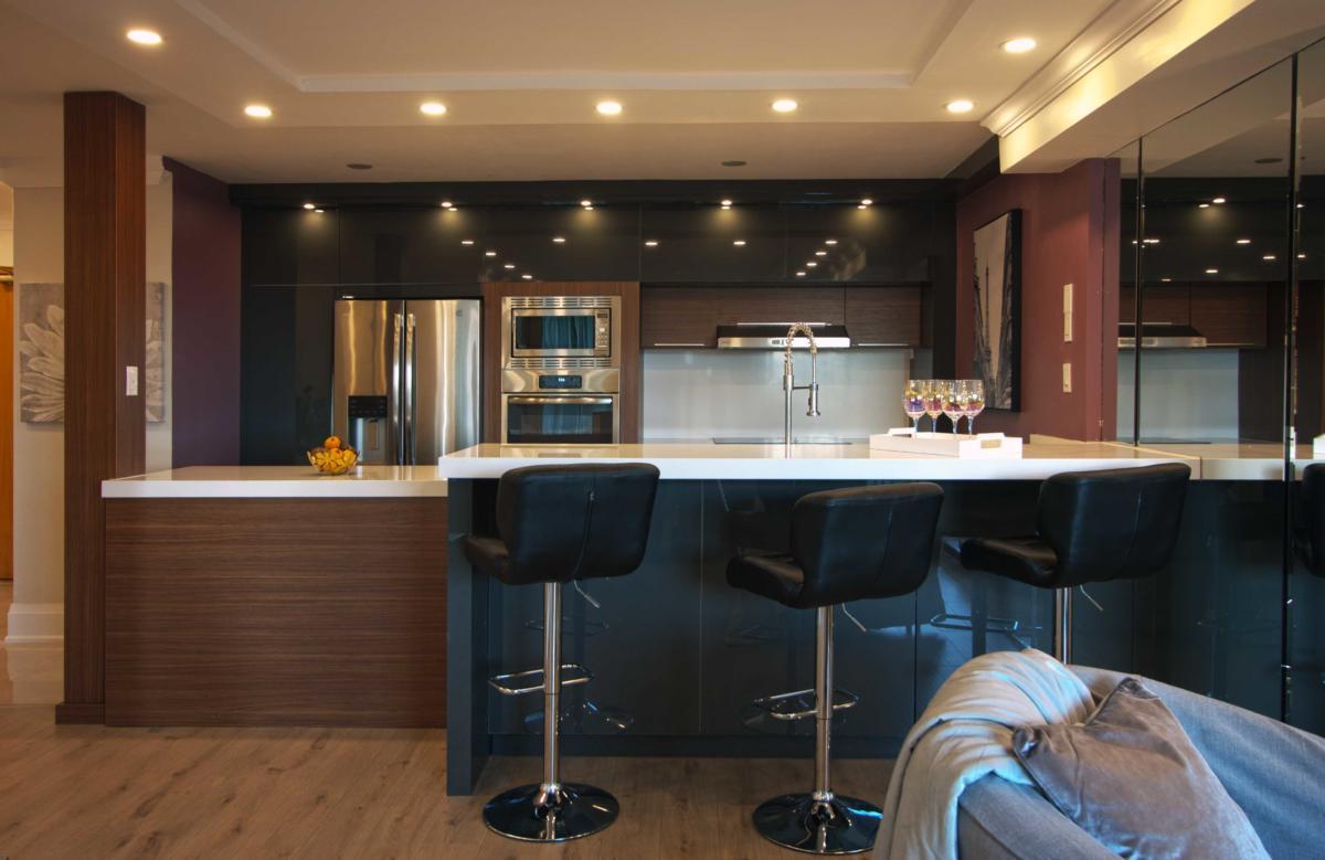 Toronto Home Stating Kitchen