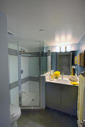 Baraka Home Staging Services Yonge St Toronto Condo (10)