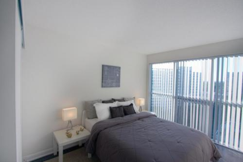 Baraka Home Staging Services Yonge St Toronto Condo (2)