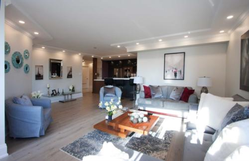 Toronto Home Stating Livingroom